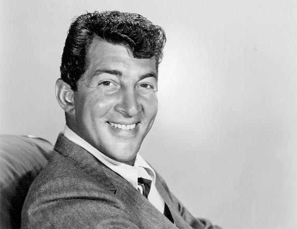 Music Friday: Crooner Dean Martin Buys a Wedding Ring in 1958's 'Buona Sera'